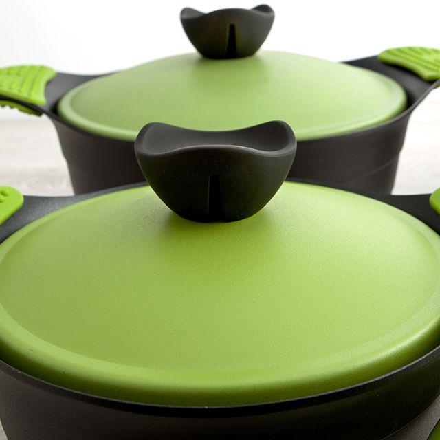 Aquí tenéis la batería de cocina Iron, creada con la magia y la esencia del Chef Angel Leon Gonzalez. En verde y amarillo, ¿cuál os gusta más? ¡Mira, mira!