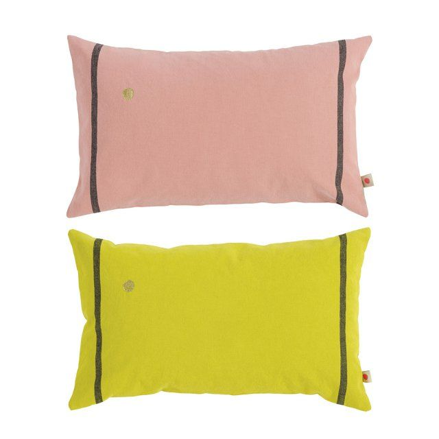 357 best images about coussins et plaids cushions on. Black Bedroom Furniture Sets. Home Design Ideas