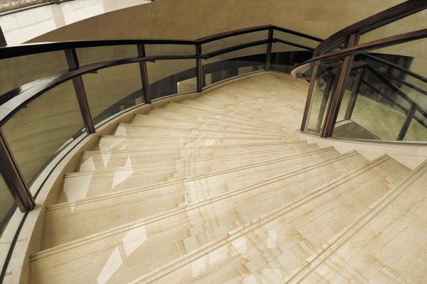 Decorating Floors of Stairs - Prague (PAG1202)