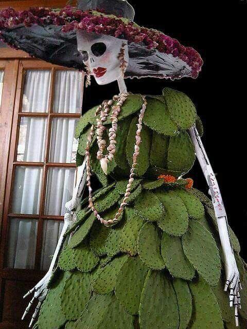 Catrina Con Vestido de Nopales