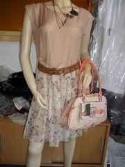 """Guess by Marciano : pack ensemble sac à main modèle """"Big City"""" neuf et étiqueté - collection printemps/été 2012 coloris rose poudre/rose saumon"""