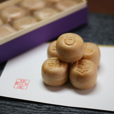 Small Monaka Puff Cake of Kaga Moroeya, Traditional Japanese Wagashi Sweets|加賀鳶もなか