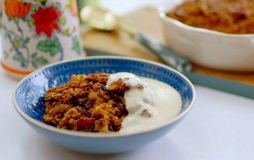 Nadiya Hussain flapjack apple crumble with vanilla custard recipe