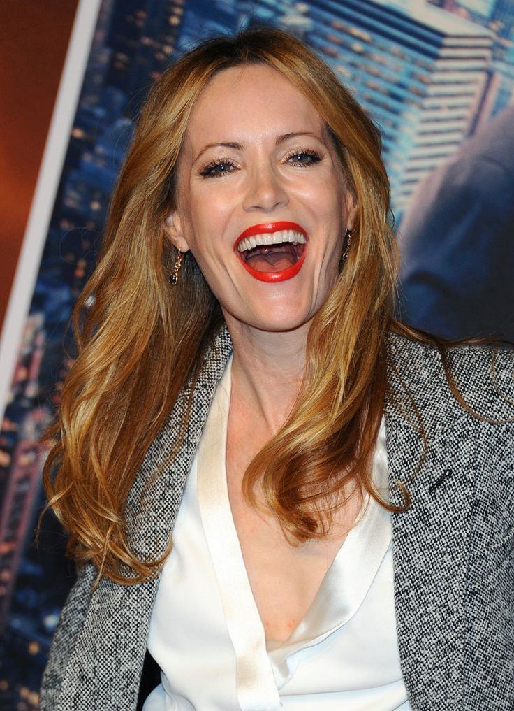 Leslie Mann, she's so cute & hilarious!