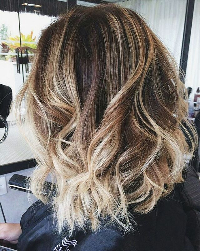 todo mundo já leu o post sobre loiros?  Mostrei 30 cabelos de babar para inspirar sua próxima ida ao salão.  acessem luvmay.com.br ♡