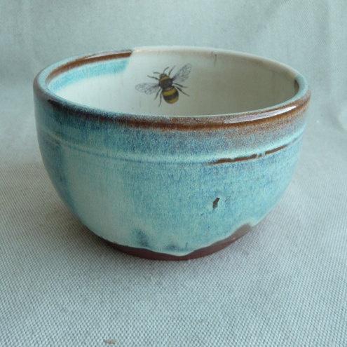 Honey bee bowl @ folksy