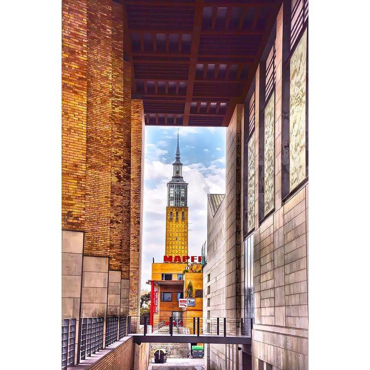 La torre de la antigua feria de muestra desde el porche del auditorio  #zaragoza  #ok_streets  #igersaragon #igerespaña  #igersspain #igersgallery #unpaseounafoto #instazaragoza #zaragozapaseando #zgzciudadana #zaragozalive #hdr #hdr_pics  #hdr_captures  #hdrphotography  #love_hdr_colour #ig_hdr_dreams #hdr_lovers #streetphotography #street #cs_hdr #wow_hdr #HDR_photogram #world_besthdr #world_besttravel #España #aragon