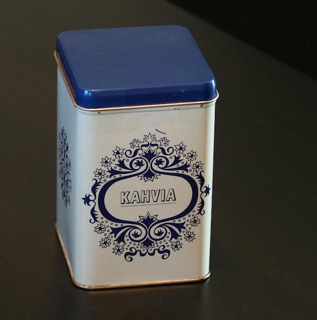pientä mutta suurta: Traditional Finnish coffee tin