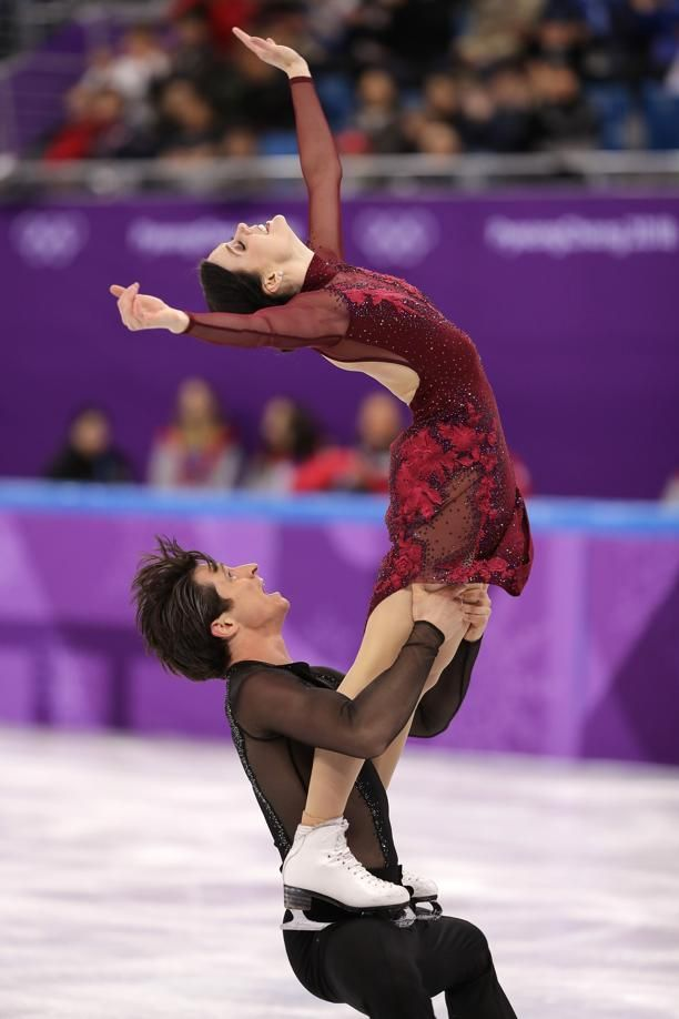GANGNEUNG, SOUTH KOREA - FEBRUARY 12: Tessa Virtue and Scott Moir of Canada compete in the Figure Skating Team Event – Ice Dance Free Dance on day three of the PyeongChang 2018 Winter Olympic Games at Gangneung Ice Arena on February 12, 2018 in Gangneung, South Korea. (Photo by Richard Heathcote/Getty Images)