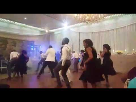 Best wedding dance in Zimbabwe - dancing to Jay Prayzah Military touch-c...