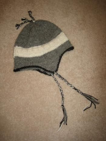 Free ski hat pattern - looks pretty easy and Jon asked me to make him something like this for Christmas...