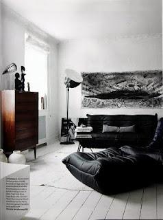 """""""Togo"""" by Michel Ducaroy for Ligne Roset in black"""