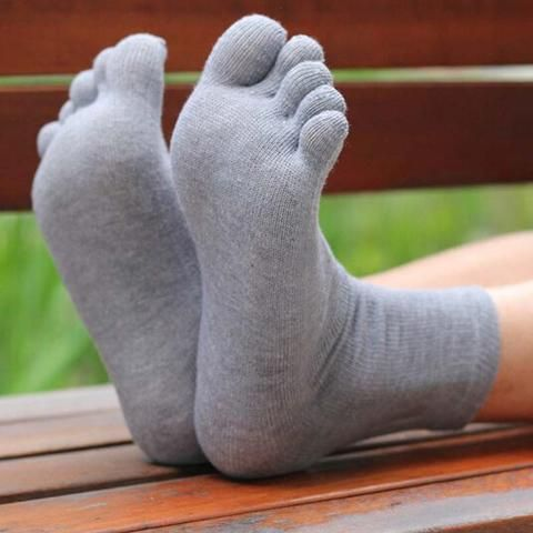 Warm and Comfortable Unisex Toe Socks (5 colors)