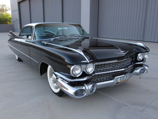 awesome 1959 cadillac deville black black and cream. Black Bedroom Furniture Sets. Home Design Ideas