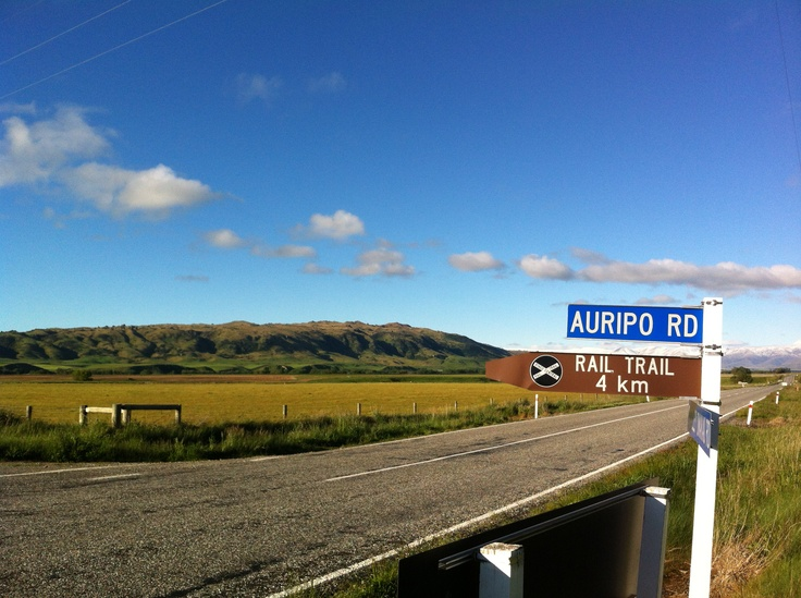The Ida Valley has the most scenic part of the Otago Central Rail Trail. http://www.centralotagonz.com/poolburn