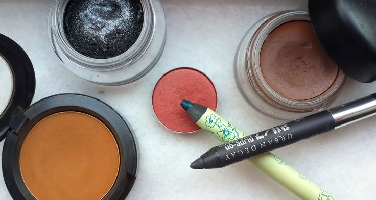How to Bring Out Brown Eyes With Makeup www.asliorhon.com http://www.asliorhon.com/en/how-to-bring-out-brown-eyes-with-makeup/
