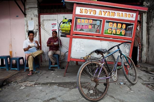 Indonesian street food vendors