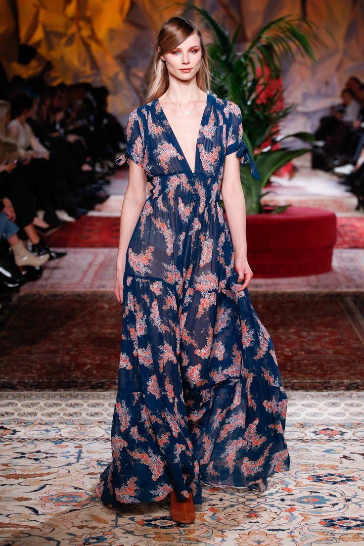 #clothes #fashion #dress #norwegianfashion #dreamy #free #vintage #runway #bohem #flowers #print #model #details #shop #inspiration  #fall #blouse #timo #bytimo #pants #webshop #shop #styling #you #are #beautiful #maxidress
