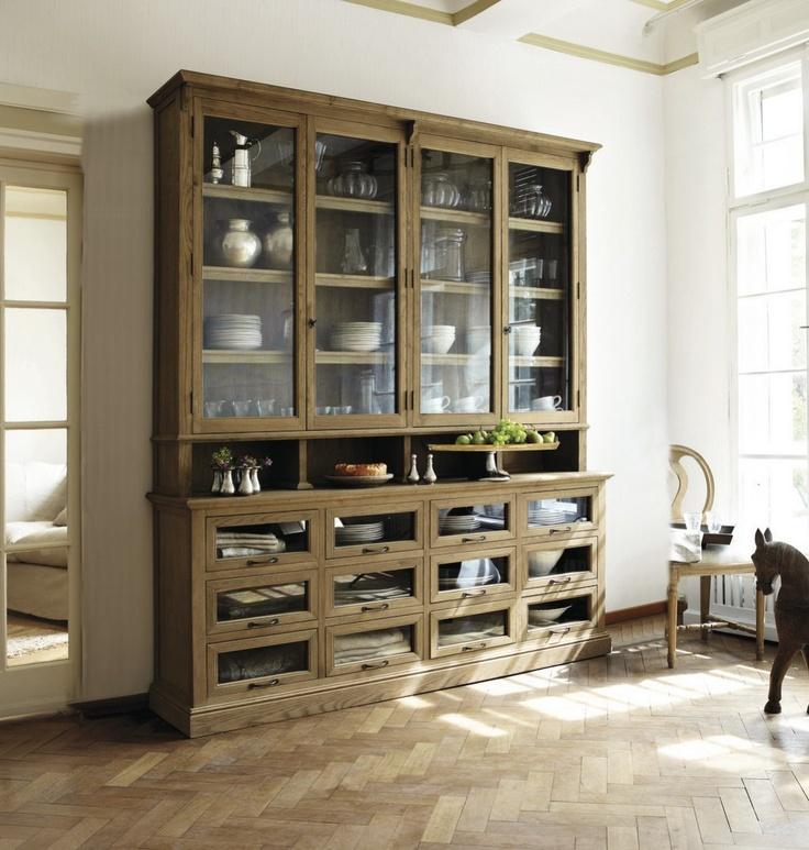 Eichenschrank, oak cabinet; Mirabeau