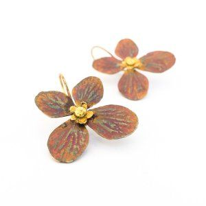 Sifis Jewellery - Plane leaf-like earrings crafted out of 18k gold, with a pearl at the top of the leaf.