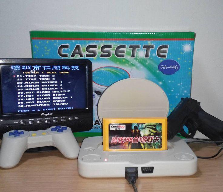 """Shared by la_tienda_de_miguel #nes #microhobbit (o) http://ift.tt/1Q2AmWf polystation nueva 2 controles 1 pistola y cables con cart 99999 en 1  cart """"mágico"""" coolboy 198 en 1 a solo $12.000 #polystation  #clone #games #coolboy #198in1 #9999in1 #latiendademiguel #instachile"""