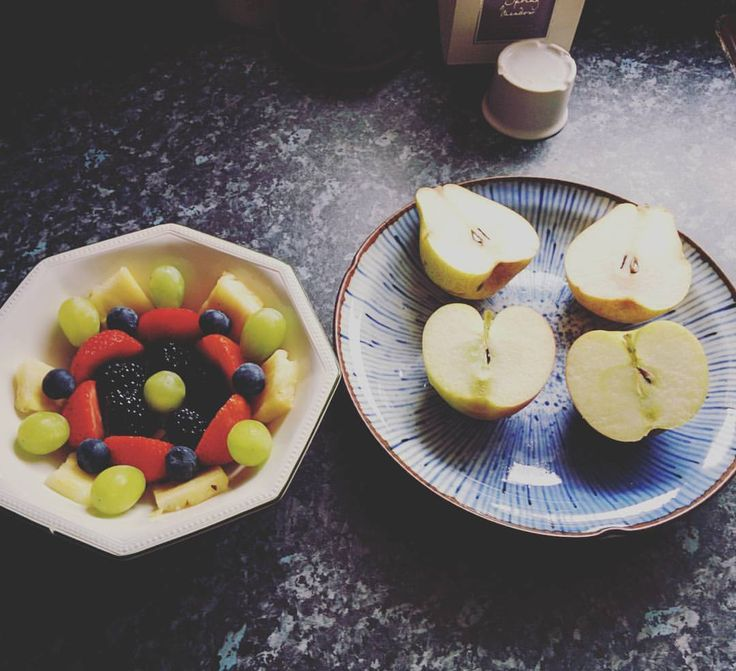 Tarta cu afine, ananas si capsuni