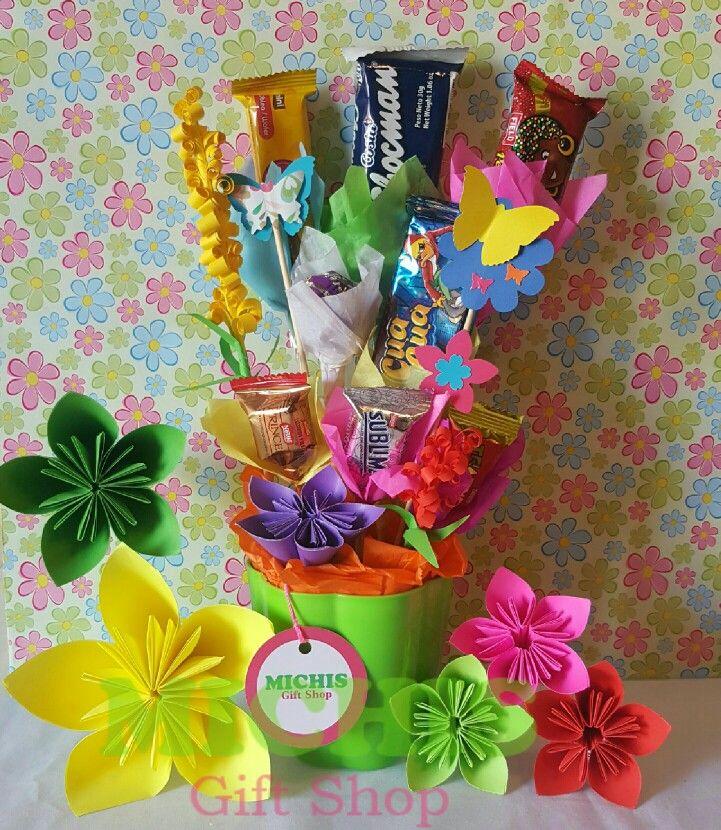 FELIZ DÍA DE LA SECRETARIA 2017 MICHIS GIFT SHOP Mini Macetero con dulces y linda decoración  http://michisgiftshop.blogspot.pe https://www.facebook.com/michisgiftshop