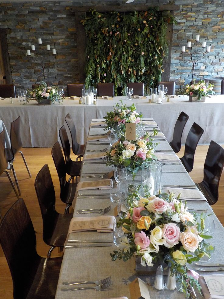 Charcoal tablecloths, greenery & blush florals - the perfect wedding tablescape