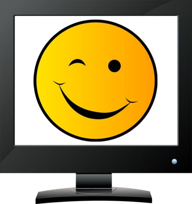 wink face clip art - 640×682