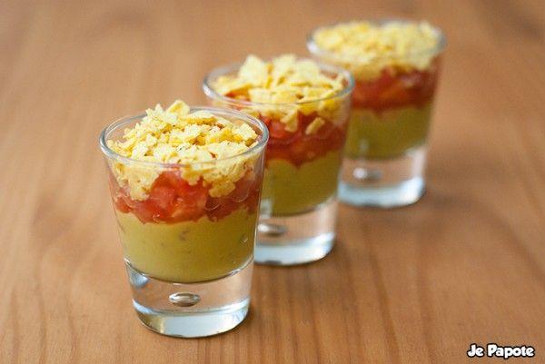 Recette Verrine Mexicaine pour l'apéro: Guacamole, purée de poivron, chips