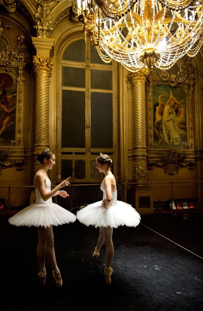 "kameliendame: Opera Ballet School pupils stand in the foyer de la danse before rehersal for the ""Générale"" performance at Opera Garnier Paris"