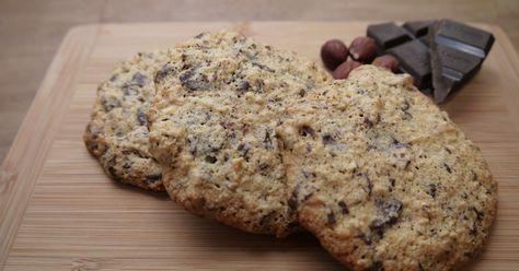 Jeg lavede disse cookies en dag, hvor jeg havde lyst til lidt sødt, men ikke gad handle ind. Jeg havde alt på lager på nær de hypede raw...