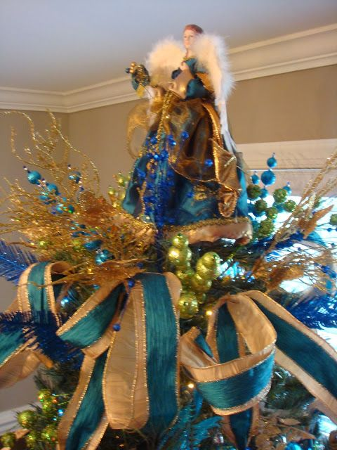 The 25+ best Peacock christmas tree ideas on Pinterest | Peacock ...