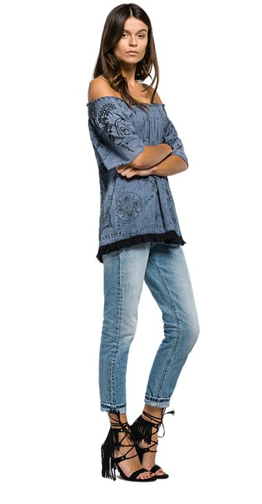 Fringe blouse with all-over print