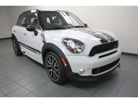 Light White Mini Cooper John Cooper Works Countryman All4 AWD.  Click to enlarge.
