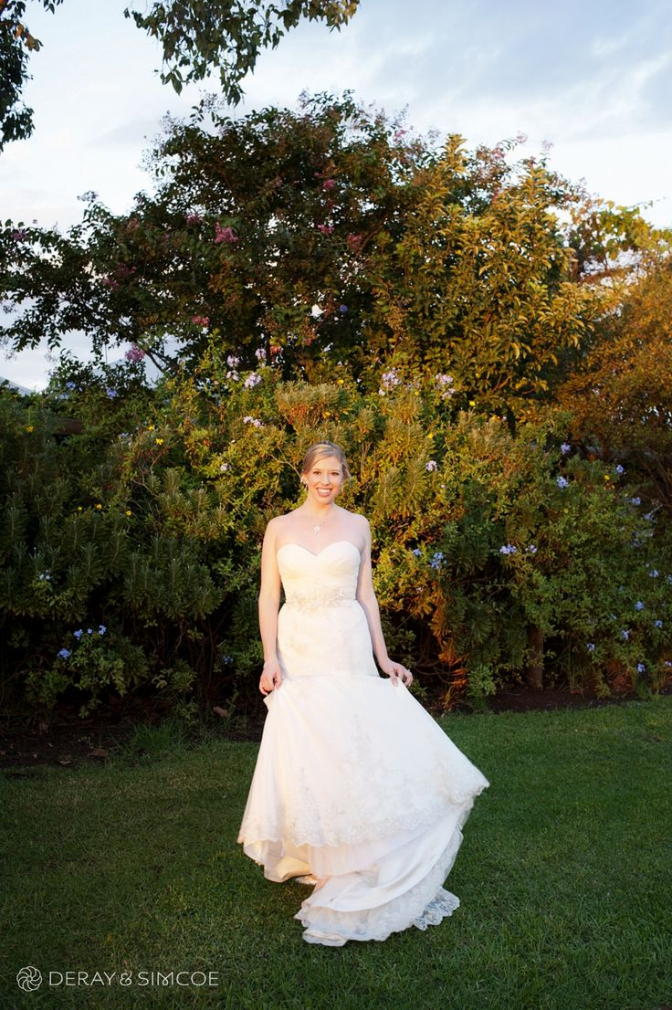 Bridal portrait on the lawn at sunset.  Reception Venue: Sittella Winery, Swan Valley WA Photography by DeRay & Simcoe