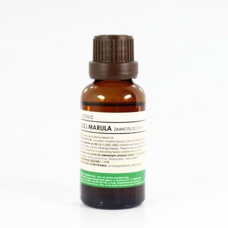 Olej Marula - zapewnia skórze poczucie głębokiego nawilżenia i pozwala utrzymać młody wygląd na dłużej. Ze względu na wysoką zawartość kwasu oleinowego sprawdzi się szczególnie dobrze przy skórze bardzo suchej, dojrzałej, z pierwszymi oznakami starzenia. Łatwo i szybko się wchłania. Chroni skórę przed szkodliwymi czynnikami środowiska.