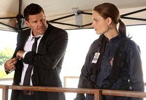 David Boreanaz and Emily Deschanel Preview Bones Season 9