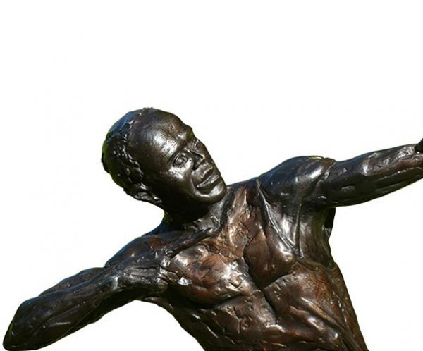 Haute People: Let's Talk about the Usain Bolt Statue