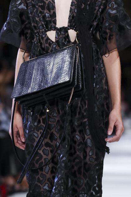 Stella Mccartney Ready To Wear Spring Summer 2018 Paris