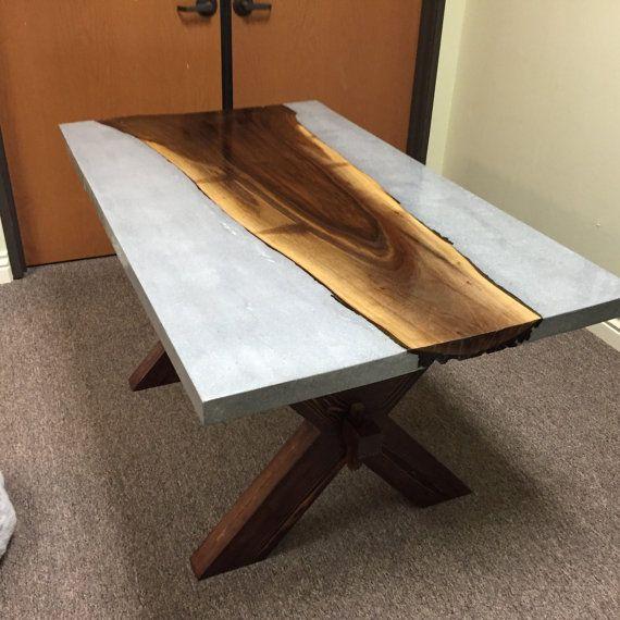Benutzerdefinierte Beton Holz Tisch von EarthAndIr…
