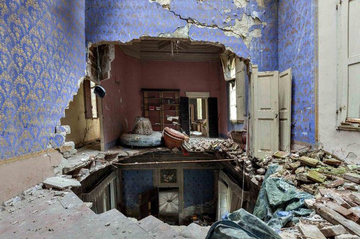 La villa di un'artista abbandonata dopo un terremoto. Nord Italia