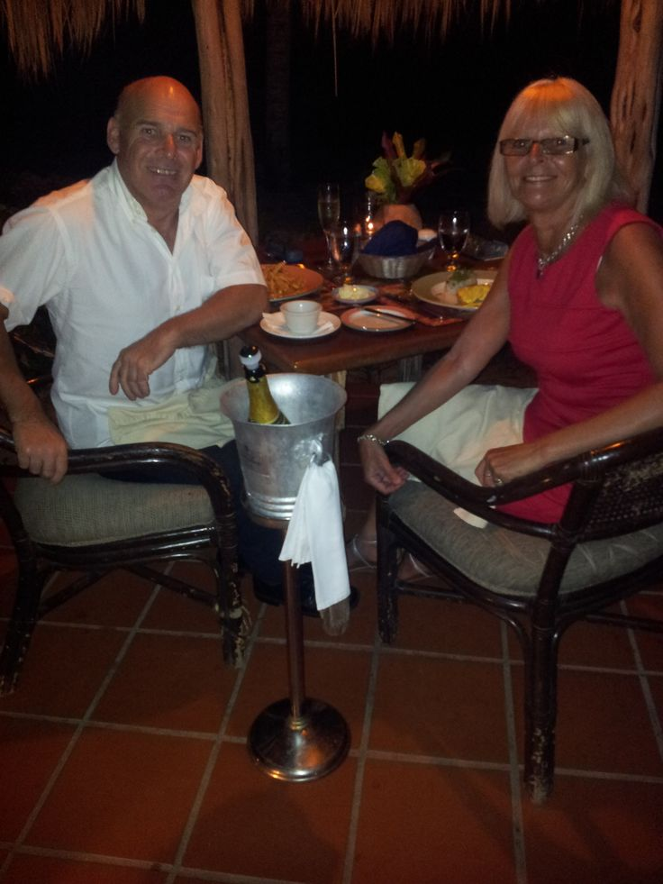Dining at the Gauguin restaurant at Galley Bay.
