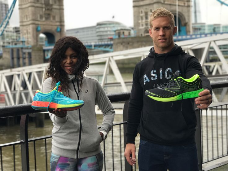 ASICS launched the FlyteFoam® Fast Series to international guests with a spectacular sprint at the top of Tower Bridge, one of London's most iconic landmarks.  The ASICS FlyteFoam® Fast Series is a brand-new collection of special speed running shoes featuring the innovative FlyteFoam midsole material, including the new NOOSA FF™, GEL-DS TRAINER™ 22 and a colour-updated DynaFlyte™.   http://jbrobinblog.com/2017/03/09/asics-flytefoam-fast-series-takes-flight-on-the-tower-bridge-in-london/