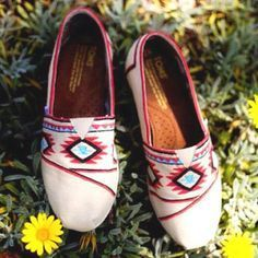 TOMS are comfortable shoes