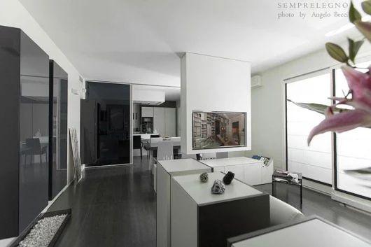Semprelegno è una falegnameria innovativa per la produzione su misura di arredamenti e complementi d'arredo di design. #interiordesign #interiors #bespoke #furniture #design #madeinitaly #designfurniture #home #fitted #livingroom #designliving #livingroomfurniture
