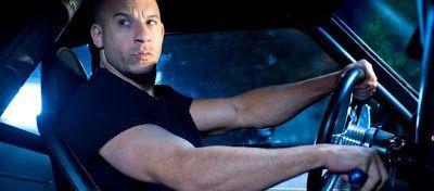 'Velozes e Furiosos 8': Dominic Toretto vai trair a família; confira o trailer: ift.tt/2hx900Y