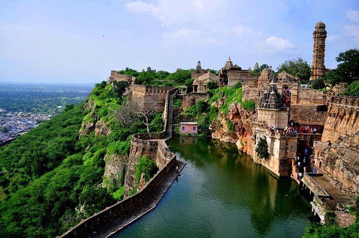 Chittorgarh Fort - cele mai frumoase locuri din lume poze
