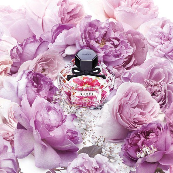 Gucci célèbre les 50 ans du cultissime imprimé floral C'est avec sa nouvelle édition…