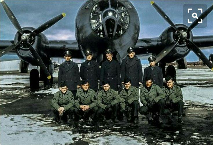 Tripulantes do B-29 Enola Gay 1945